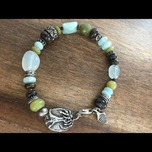 Jewelry - Beautiful beaded bracelet